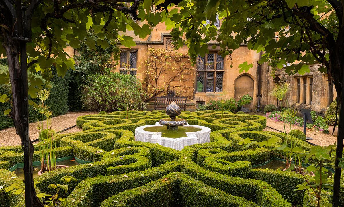 Классический дизайн сада